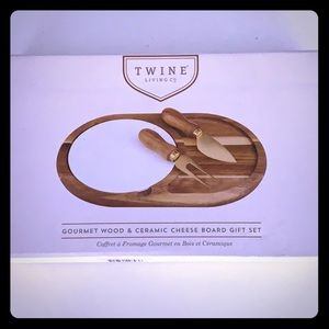 Gourmet Wood and Ceramic Cheese Board Gift Set
